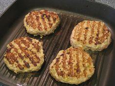 Curry Turkey Burgers, sooooo good!  #curry #turkey #burgers
