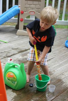 {Recycled water fun} #BackyardFun #CampSunnyPatch