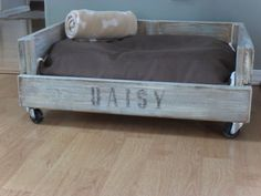 Crate Dog Bed - i am SO going to make one of these for Rocco cat beds, pallet beds, doggie beds, dog crates, pet beds, dog beds, puppi, old crates, old pallets