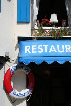 Harbour Lights Restaurant, Paignton, South Devon, England. ilovesouthdevon.com #devon
