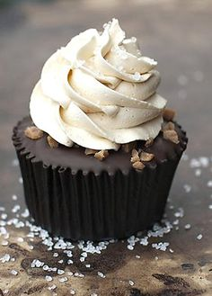 Salted Caramel Chocolate Cupcakes by Buttercream Couture