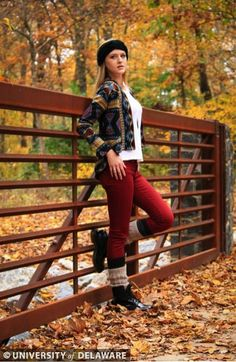 @UDress Magazine gives us the perfect holiday outfit for fall.