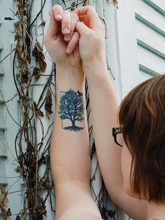 tree tattoo with roots