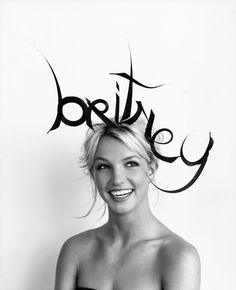 Britney Spears - Herb Ritts photoshoot for 'Vogue' 2001 / homage to isabella blow
