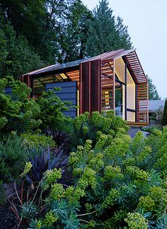 Weekend Cabin: The Garage, Washington
