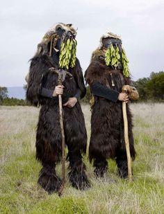 Charles Fréger pagan costum, pagan ritual, european pagan, costumes, wilder mann, wildermann, charl freger, festiv costum, charl fréger