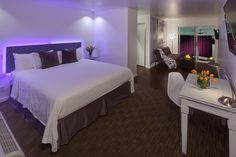 Now I know you want to stay in this beautifully remodeled Premium Soleil Suite! Lucky for you we have extended our summer discount packages and specials through the end of September.