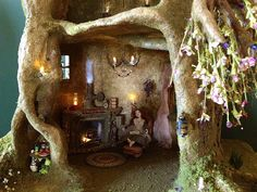 Fairy tree trunk house in progress - some notes on construction and other views in photostream - this is just wonderful!  ******************************************  Torisaur, via Flickr #fairy #house #garden t