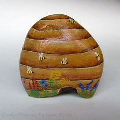 Beehive painted rock by Cindy Thomas