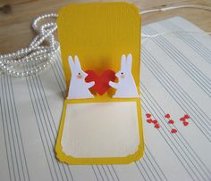 These little gift tags could double ad adorably teeny Valentines.