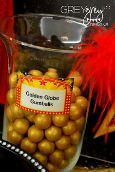 balls, golden globe, birthday parties, birthdays, candies, red carpets, hollywood party, golden birthday, red carpet party