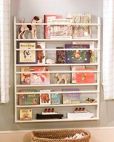 DIY // Children's bookshelves