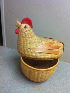 Vintage Wicker Chicken Basket by @TresFrutosFinds... | Wicker Furniture  wickerparadise.com