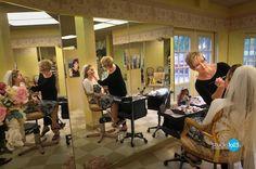 beauti salon, makeup station, beauti shop, salon decor, portabl makeup, shop beauti, decor idea, de belleza