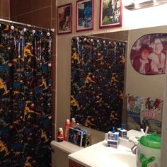 Our Star Wars guest bathroom