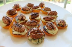 Apricot Blue Cheese Bites | foodlustpeoplelove.com