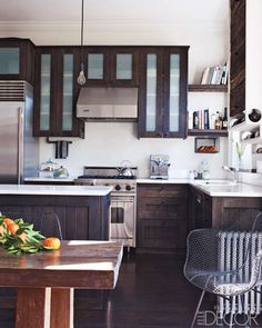 Keri Russell's Home: The kitchen cabinetry and island are made of espresso-stained reclaimed fir. LOOOVEEE