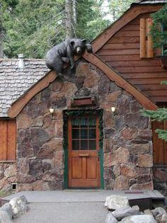 Cabin entrance....love the bear!