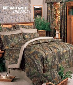 Southern Sisters Designs - Realtree Hardwoods Green Camouflage Comforter Set, $118.95 (http://www.southernsistersdesigns.com/products/Realtree-Hardwoods-Green-Camouflage-Comforter-Set.html)