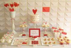 valentine wedding cake,valentine wedding dessert table ideas