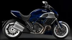 welcome-2013-ducati-diavel-photo-gallery
