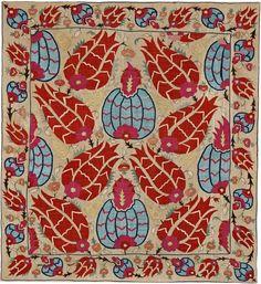 Wrapping cloth, Ottoman, late 17th century, 122 x 112 cm, SHM 9582 - İ.571 / Courtesy of Sadberk Hanım Museum