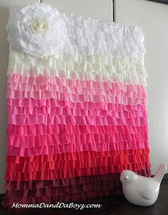 diy crepe paper photobooth backdrop ombre