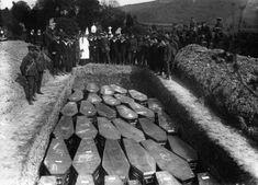 sad dead shit, mass burial, funer, cemeteri, monster war, lusitania, dark, mass grave, black