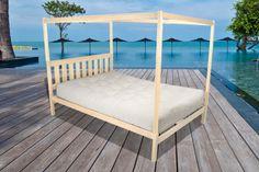 Charleston Natural Organic Wood 4 Post Platform Bed Maple