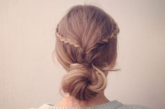 These 6 second-day hairstyles will save your Mondays (and every other day of the week).