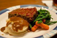 50's Prime Time Cafe: Mom's Meatloaf
