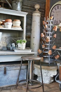Faded Charm: ~Puttering with Pots~