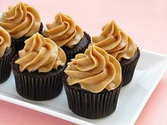 Happy Valley Home Cooking: Peanut-butter icing