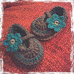 Baby girl crochet booties - 0-3 months. See TooCutebyFarrah on Facebook