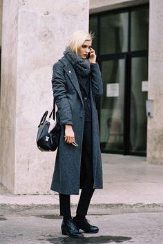 stunning. #AlisonNix #offduty in Paris. #VanessaJackman
