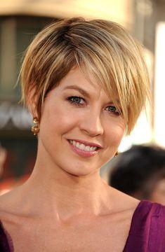 jenna elfman - short hair
