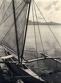 G. A. Chalon (W848GL)    Pirogue à voile amarrée, Tahiti, circa 1930.