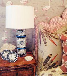 wallpap bedroom, luscious lamp, flamingo wallpap
