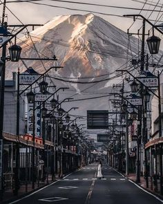 "weandthecolor: "" Photo by @rkrkrk #photography #japan #mtfuji #mountain #snow #street #landscape #landscapephotography #streetphotography #photographer #picoftheday (hier: Mount Fuji..."