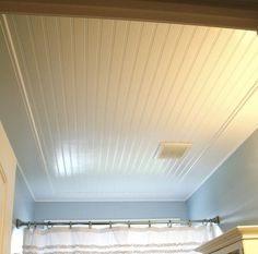 beadboard ceiling with trim