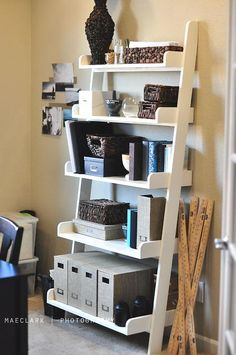 Easy to make leaning shelf and I L-O-V-E this website!...bookcase for apartment