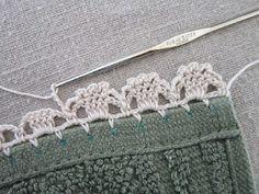 "Miss Abigail's Hope Chest: ""Garden Series"" Crochet Edgings: #3-Jonquils.  So dainty, several free edging patterns."