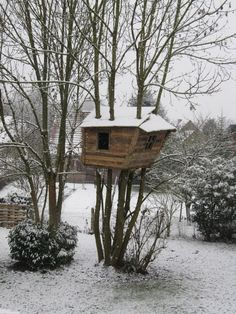 #PALLETS: Pallet tree-house... http://dunway.com