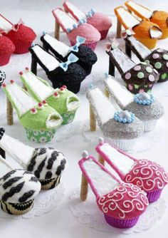 Cup Cakes...can they be any cuter?