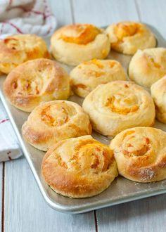 Garlic Cheddar Swirled Brioche Rolls (No Knead) | Neighbor Food