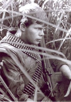 Marine Jay Kimbrough during operations north of Khe Sahn, october 1966