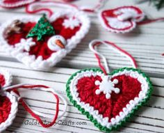 Crochet Heart Christmas Ornament - GoldenLucyCrafts