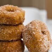 Cinnamon Sugar Pumpkin Spice Doughnuts: The perfect fall sweet-tooth tamer. (Only 155 calories each!)