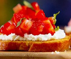 Food-goat cheese and red pepper bruschetta