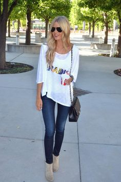 baggy tee, jeans, and booties
